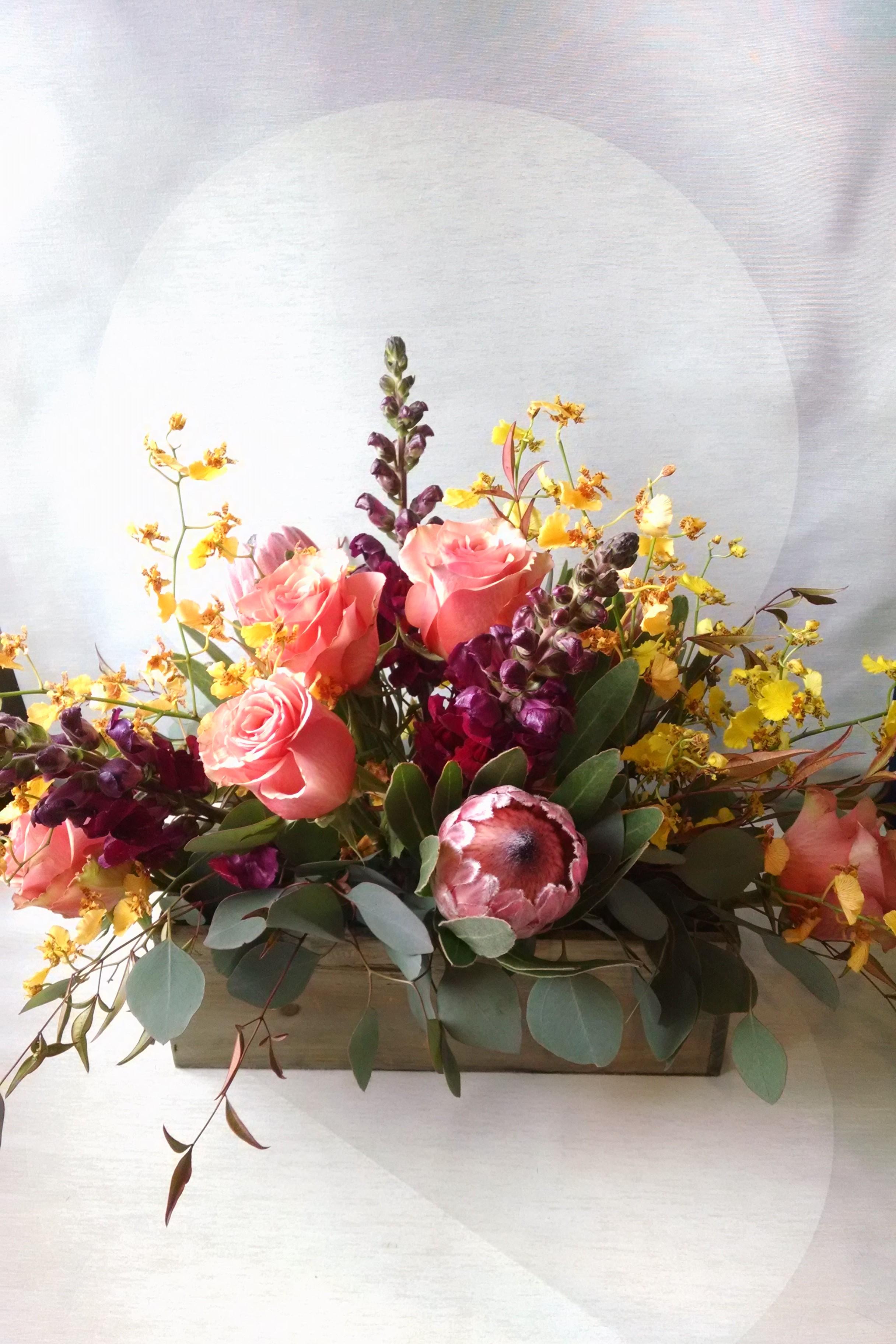 Minneapolis Flowers Roses Florist Eucalyptus Leaves